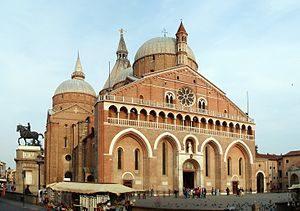 300px-Basilica_di_Sant'Antonio_da_Padova